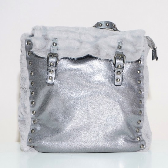 BACKPACK WITH FUR DETAILS
