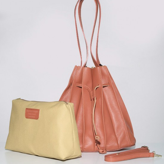 LEATHER BAG WITH PLEATS